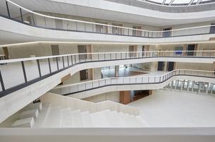 Modern office buildingの写真素材 [FYI04339859]