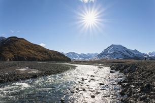 USA, Alaska, View of Toklat River at Denali National Parkの写真素材 [FYI04340230]