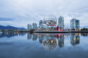 Canada, British Columbia, Vancouver, Telus Worl of Science aの写真素材 [FYI04340271]