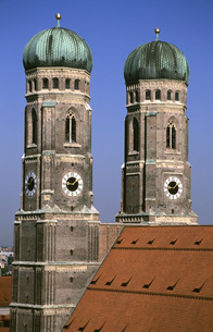 Frauenkirche, Munich, Bavaria, Germanyの写真素材 [FYI04340448]