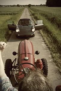 Germany, North Rhine-Westphalia, Minden, Porsche blocking thの写真素材 [FYI04341558]