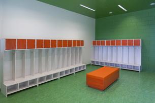 Estonia, empty racks in a kindergarten in a newly built kindの写真素材 [FYI04341843]