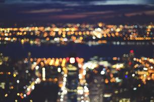 USA, New York City, bokeh city lightsの写真素材 [FYI04341878]