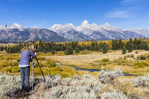 USA, Wyoming, Rocky Mountains, Grand Teton National Park, Snの写真素材 [FYI04343149]