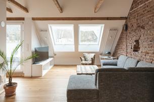 Modern living roomの写真素材 [FYI04343395]