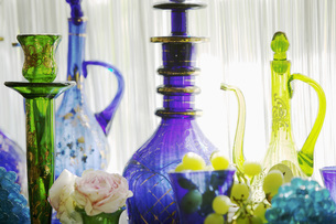 Oriental bottles and glassesの写真素材 [FYI04343489]