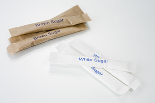 Brown and white sugar sticks, close-upの写真素材 [FYI04343516]