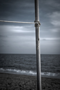 Turkey, Belek, Rope tied to pole at beachの写真素材 [FYI04343576]