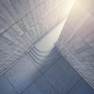 Empty room with concrete walls, 3D Renderingのイラスト素材 [FYI04357897]