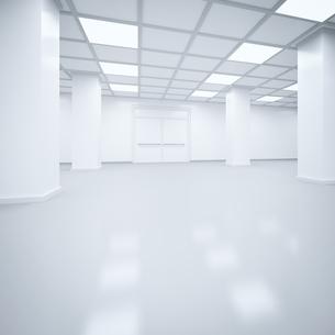 Futuristic empty storehouse, 3D Renderingのイラスト素材 [FYI04358292]