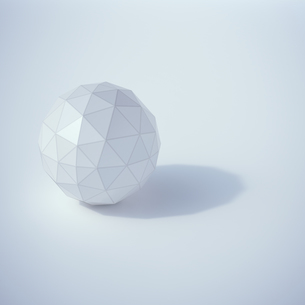 Low poly sphere, 3D Renderingのイラスト素材 [FYI04358323]