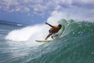 Indonesia, Bali, Kuta, surferの写真素材 [FYI04365345]