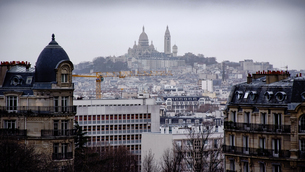 Basilique Du Sacre Coeur And Cityscape Against Skyの写真素材 [FYI04395768]
