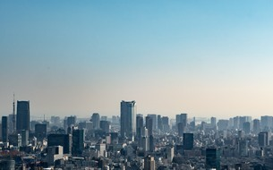 Cityscape Against Clear Skyの写真素材 [FYI04405420]
