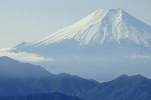 百蔵山より富士山の写真素材 [FYI04425984]