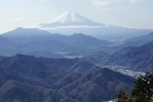 百蔵山より富士山の写真素材 [FYI04426365]