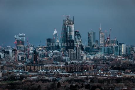 Modern Buildings In City Against Skyの写真素材 [FYI04444011]