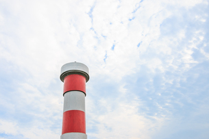 Low Angle View Of Smoke Stack Against Skyの写真素材 [FYI04445391]