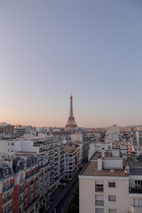 Eiffel Tower In City Against Clear Skyの写真素材 [FYI04470890]