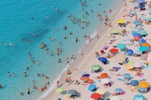 High Angle View Of People At Beachの写真素材 [FYI04475128]