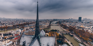 High Angle View Of City Against Cloudy Skyの写真素材 [FYI04476947]