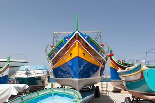マルタ伝統の小船ルッツの写真素材 [FYI04482794]
