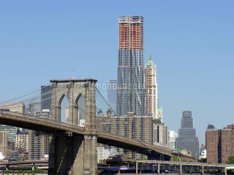 ニューヨークのブルックリン橋 Brooklyn bridge  N.Y.C  U.S.Aの写真素材 [FYI04483831]