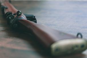 ボルトアクションライフルの写真素材 [FYI04483906]