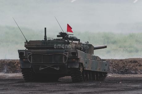 陸上自衛隊の戦車の写真素材 [FYI04484008]