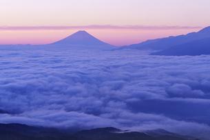 高ボッチ山から見る雲海の写真素材 [FYI04484033]