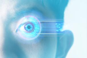 男性の目のアップの写真素材 [FYI04484345]