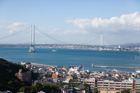 淡路SAから眺める明石海峡大橋の写真素材 [FYI04486287]