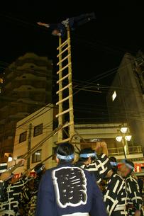 10月 川越祭りの夜 -出初式-の写真素材 [FYI04486710]