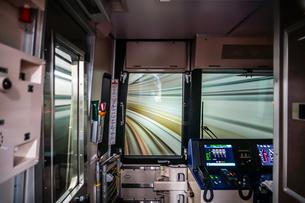 仙台市営地下鉄の運転席からの光景の写真素材 [FYI04486854]