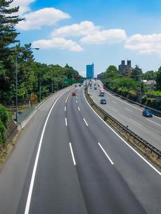 せたがや百景「東名高速の橋」こと公園橋から東京インターチェンジの写真素材 [FYI04487137]