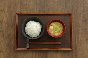 ご飯と味噌汁の写真素材 [FYI04487854]