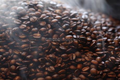 コーヒー豆の写真素材 [FYI04488689]