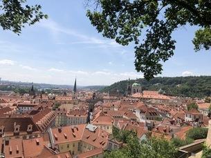 チェコ プラハ 城下町の写真素材 [FYI04488751]