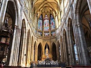 聖ヴィート大聖堂 プラハ城の写真素材 [FYI04488753]