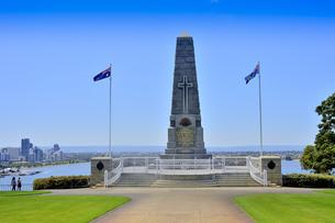 オーストラリア・西オーストラリア州のパースシティのキングスパークの中の戦没者慰霊碑の写真素材 [FYI04489099]