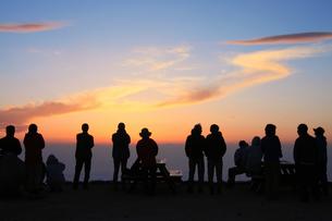 北アルプス 燕岳から眺める朝日の写真素材 [FYI04495675]