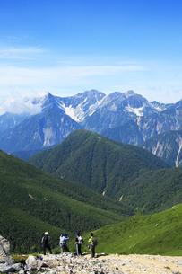 常念岳付近から眺める穂高岳の写真素材 [FYI04495681]