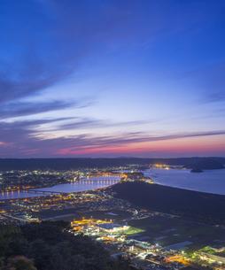 佐賀県 鏡山展望台よりの眺望  夕景の写真素材 [FYI04502413]