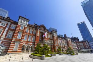 レトロな雰囲気の東京駅赤レンガ駅舎の写真素材 [FYI04502829]