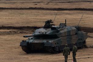 陸上自衛隊の戦車の写真素材 [FYI04503316]