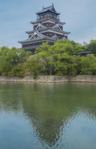広島城の天守閣の写真素材 [FYI04503733]
