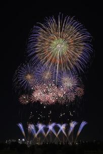 とりで利根川大花火の写真素材 [FYI04504330]