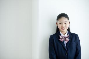 笑顔の女子学生の写真素材 [FYI04507356]