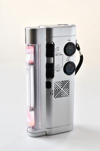 防災用の多機能ラジオの写真素材 [FYI04508594]