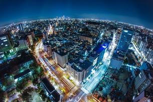 東京の夜景(文京シビックセンターから)の写真素材 [FYI04509951]